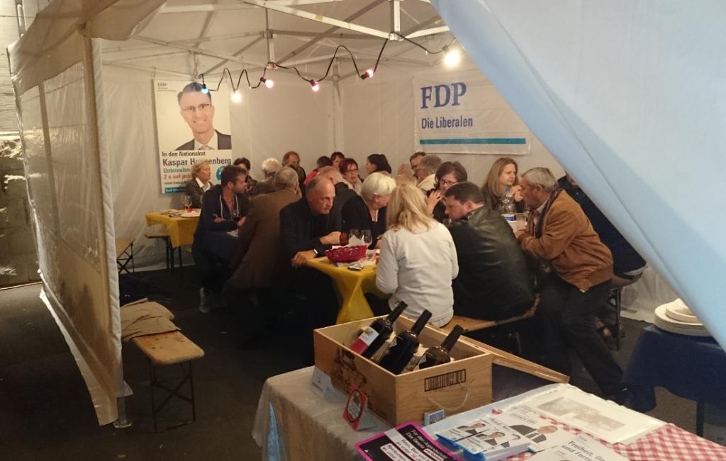 Chilbi 2015 Rüschlikon: Weinzelt FDP